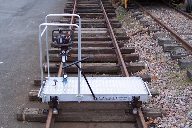 LIGHTWEIGHT MOTORIZED TRANSPORT PLATFORM